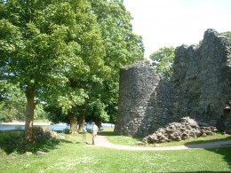 Inverlochy Castle river frontage